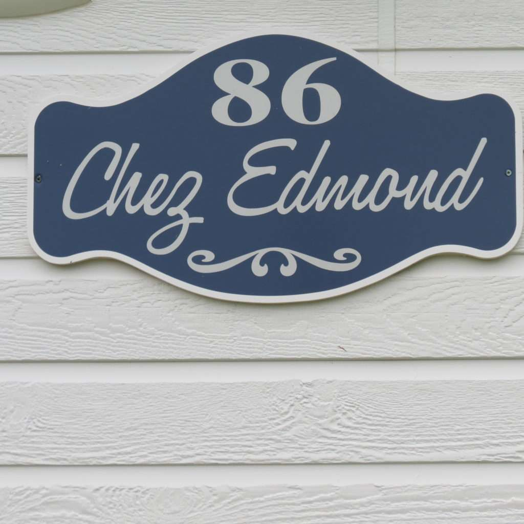 Chez Edmond Sign