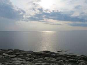 Sun shining on the ocean