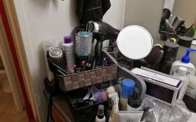 Makeup Monday | Purging My Stash